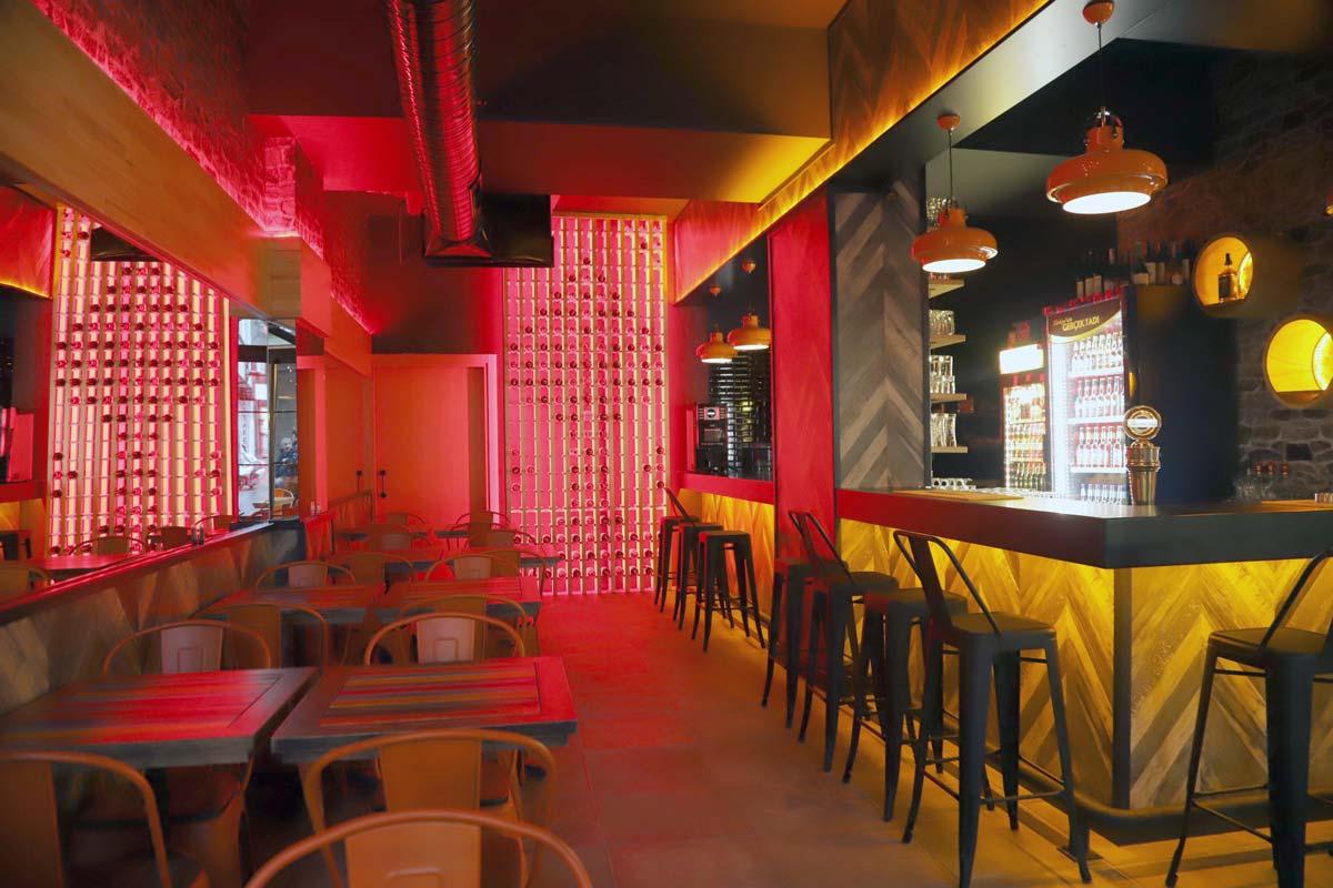 Bar & Pub İç Mimari Tasarım ve Uygulama
